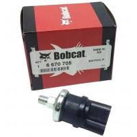 Датчик давления масла 6670705 погрузчика Bobcat.