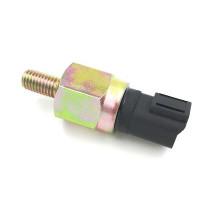 Датчик давления масла 320/04038 погрузчика JCB.
